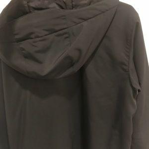 Columbia Jackets & Coats - Columbia water proof jacket size medium